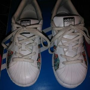 Little girls Adidas shoes size 1